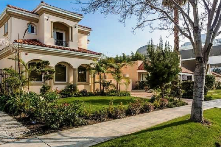 L a 39 s top 10 priciest neighborhoods for California los angeles houses